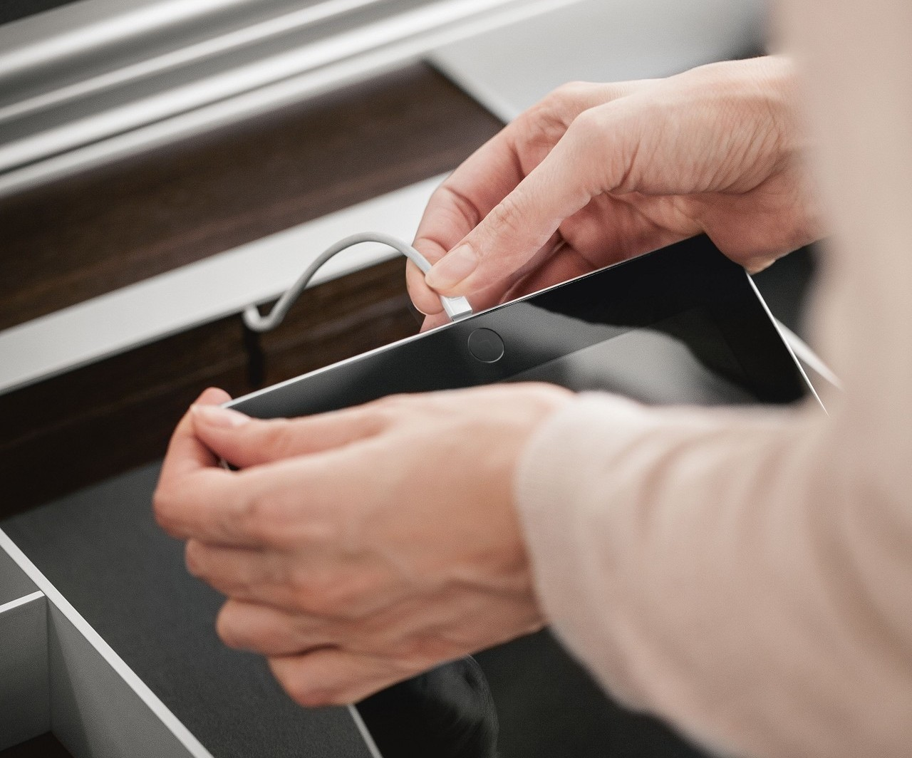 Integrated USB connection for iPad and more in kitchen drawers from SieMatic