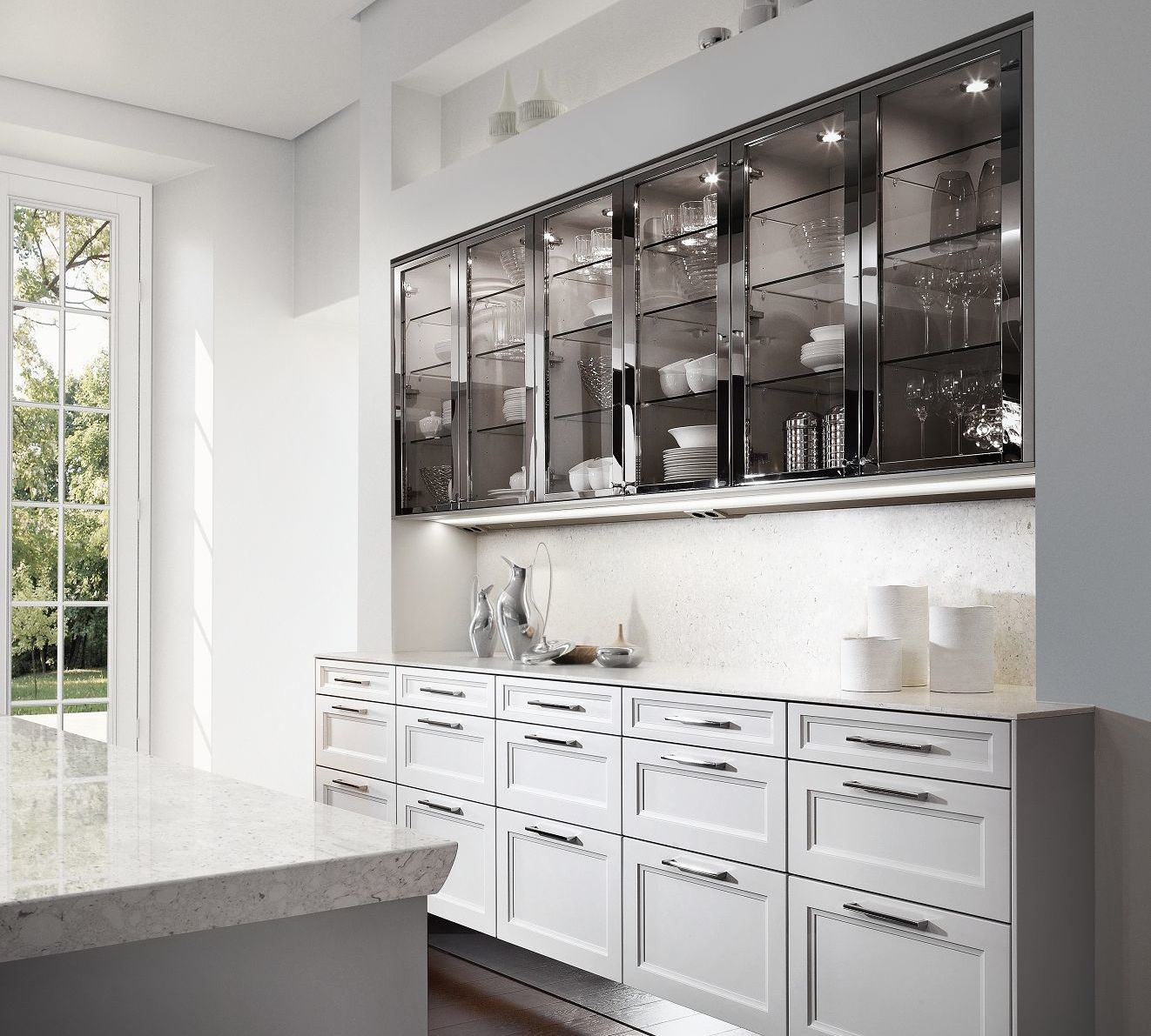 ... SieMatic Classic BeauxArts S2 In Lotus White With Glass Cabinets Framed  In Polished Nickel ...