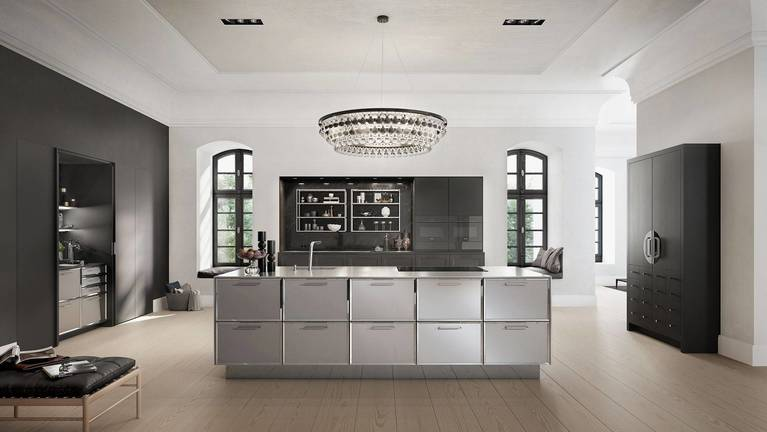 SieMatic Classic BeauxArts SE kitchen in black matte oak with island and Chinese wedding cabinet