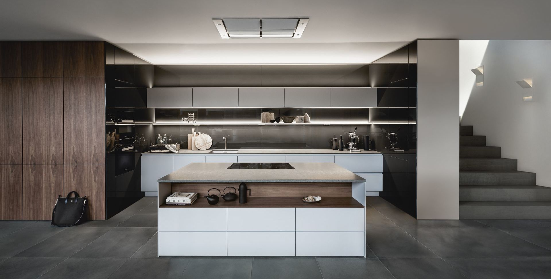 SieMatic Pure S2 SE in sterling grey matte and graphite grey with kitchen island