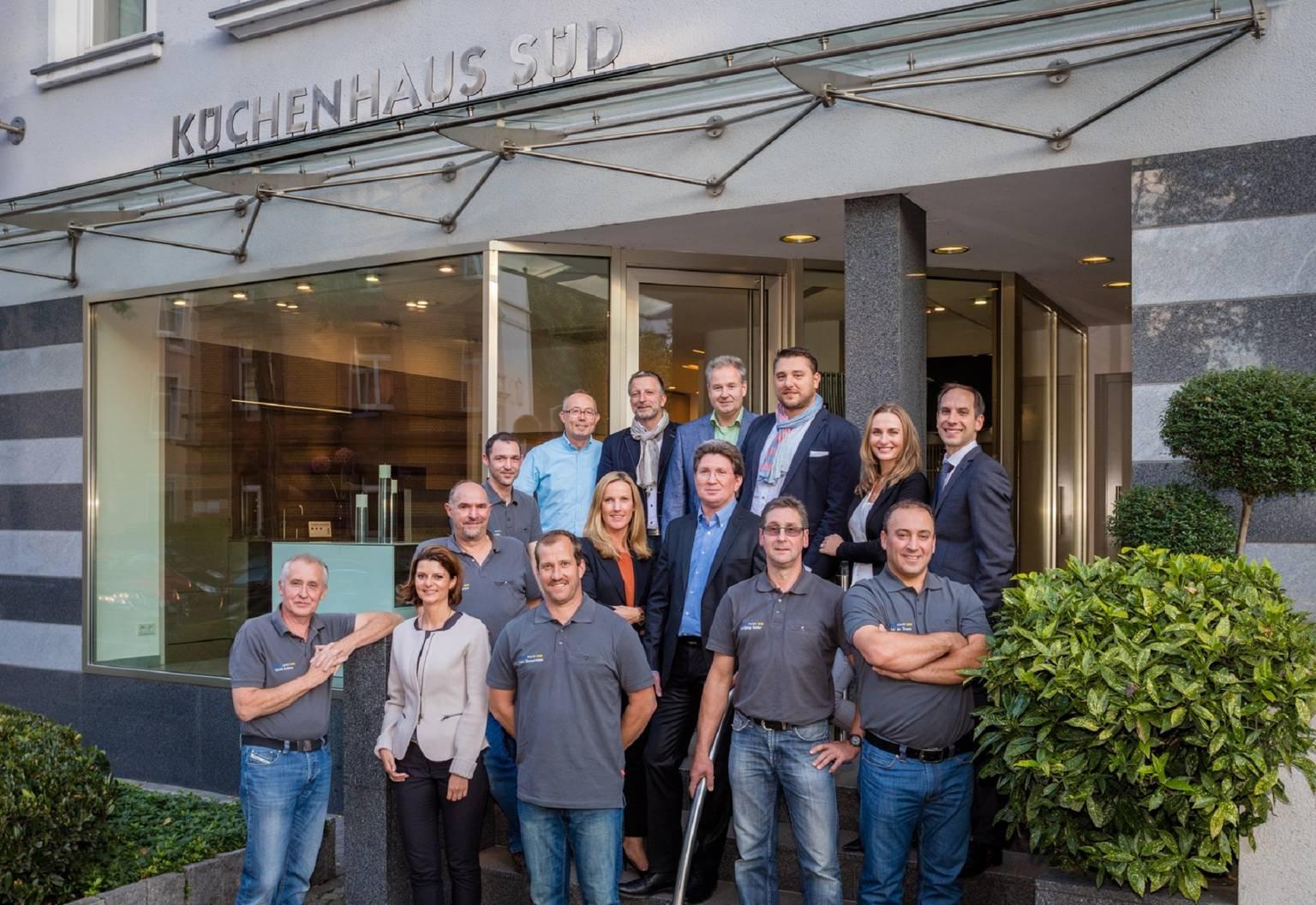 Küchenhaus Süd Küchenstudio in Frankfurt SieMatic com~ Kochinsel Glas