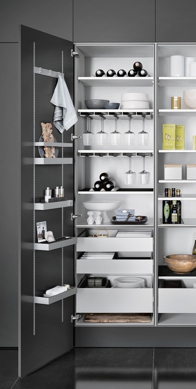 Gain more storage space in cabinets thanks to the SieMatic MultiMatic interior organization system