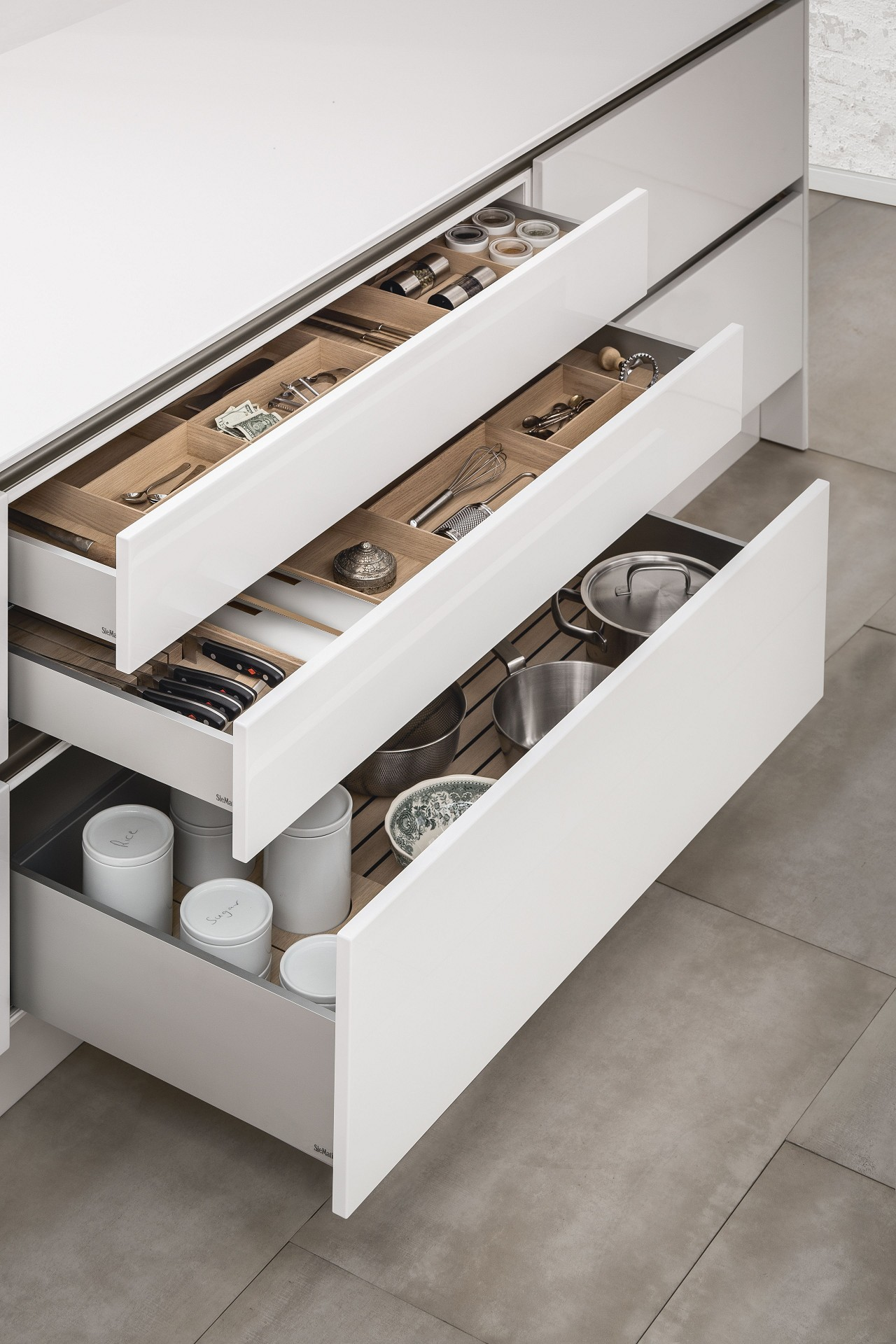 Kitchen Interior Accessories By Siematic Individual Innovative