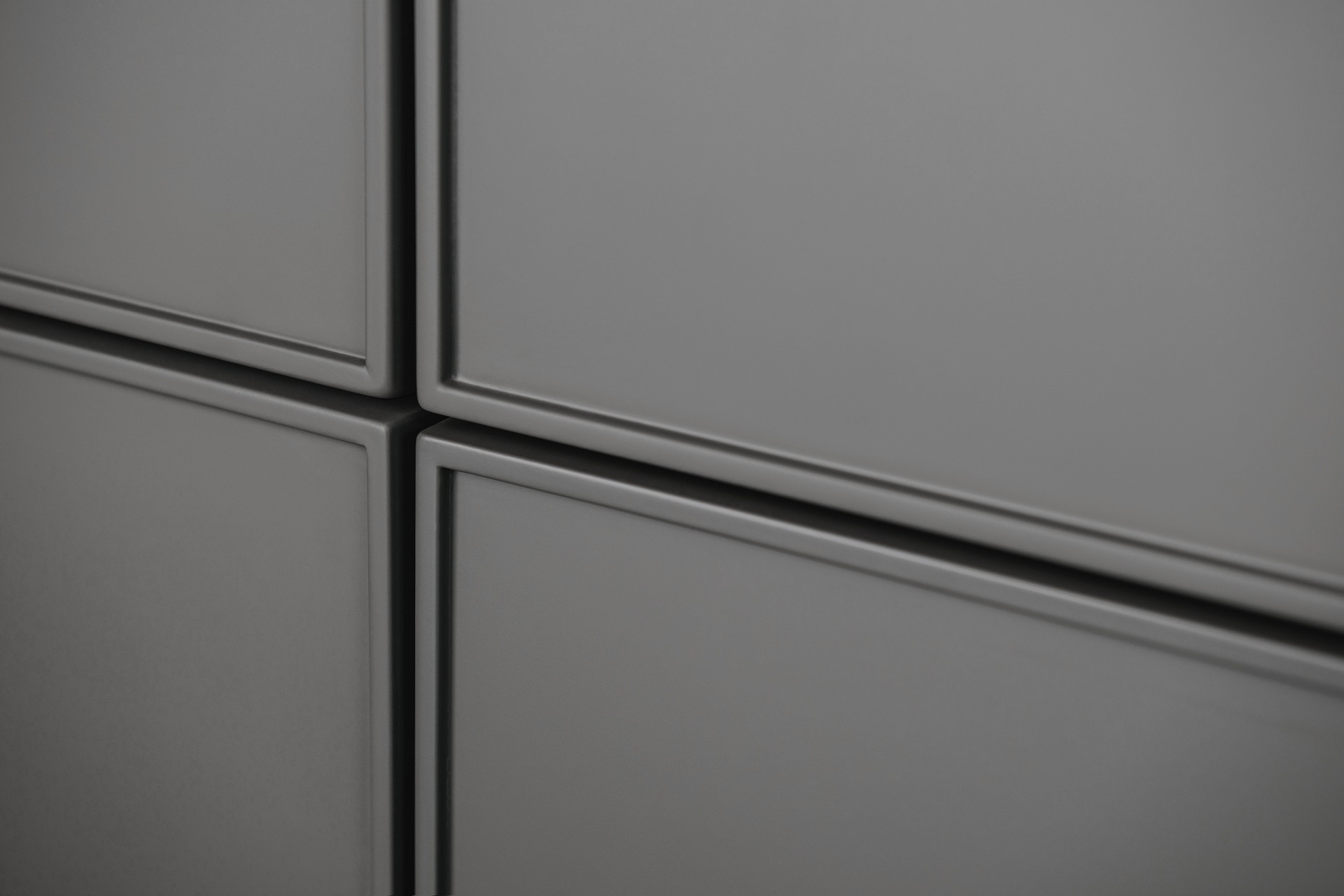SieMatic Pure SE 3003 R with 6.5 mm edged door fronts in matte lacquer for timelessly elegant kitchen design